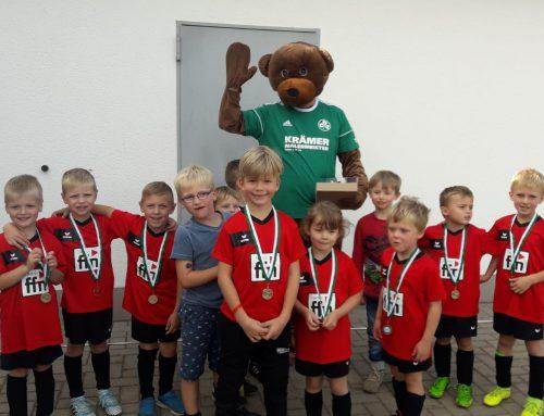 Ergebnisdienst JSG – Minis als Einlaufkinder in der Landesliga